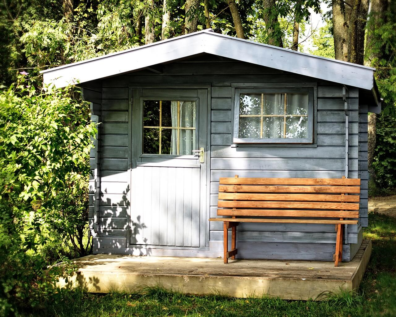 garden shed photo